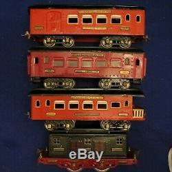 1926 IVES STANDARD GAUGE 3236 LOCOMOTIVE with 184 185 186 PASSENGER CARS TRAIN SET