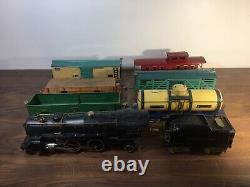 American Flyer Prewar Standard (Wide) Gauge Freight Train 4680 Loco 4671 Tender
