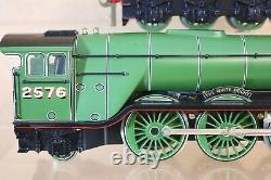 BASSETT LOWKE O GAUGE REFINISHED LNER 4-6-2 CLASS A3 LOCO 2576 The WHITE KNIGHT