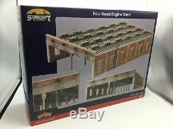 Bachmann 44-050 OO Gauge Four Road Engine Shed