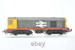 Bachmann OO Gauge 32-029A Class 20 Diesel 20090 Railfreight