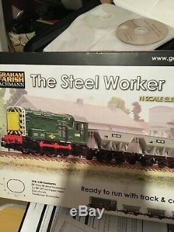 Graham Farish 370-140 The Steel Worker N Gauge Train Set