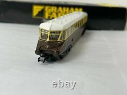 Graham Farish 8174 GWR Diesel Railcar brown/cream locomotive, No19 N Gauge