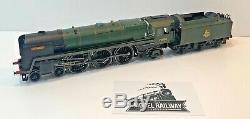 Hornby 00 Gauge R2564 Br 4-6-2 Loco Drive Britannia 70000 Unboxed (c)