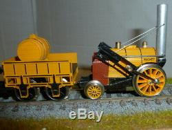 Hornby OO Gauge Stephensons Rocket Locomotive Train Set Boxed