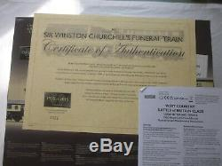 Hornby Oo Gauge DCC Ready Sir Winston Churchill Funeral Train Pack R3300 New