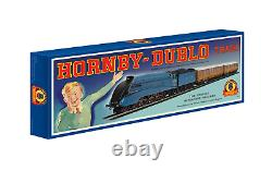 Hornby R1252M OO Gauge LNER Sir Nigel Gresley Train Set Centenary Ltd Edition