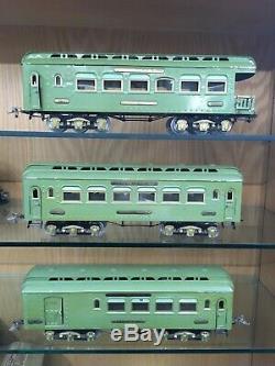 Ives Standard Gauge Light Green Set with3243R Loco, 180, 181, & 182 Cars c. 1927