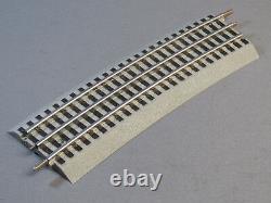 LIONEL FASTRACK 096 WIDE CURVE TRAIN TRACK 96 roadbed 3 rail 6-81250 (CASE) NEW