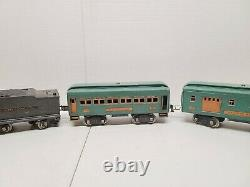 Lionel # 385E Gun Metal Gray Standard Gauge Loco with 385W Tender and 3 CARS SET