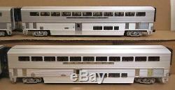 Lionel 6-39129 SF/Santa Fe Bi-Level 4-Car Aluminum Passenger Set O-Gauge USED