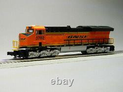 Lionel Lionchief Bnsf Et44c4 Remote Diesel Locomotive 3782 O Gauge 6-84732-e New
