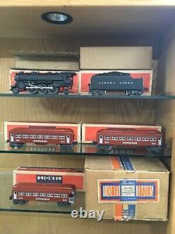 Lionel O Gauge 140W Set with224E Loco, 2224W, 2 x 2642 & 2643 withOBSB c. 1941