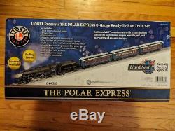 Lionel The Polar Express LionChief Train Set with Bluetooth O-Gauge