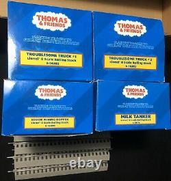 Lionel Trains Thomas & Friends 6-30012 O Gauge Expansion Pack 4 Cars & Tracks